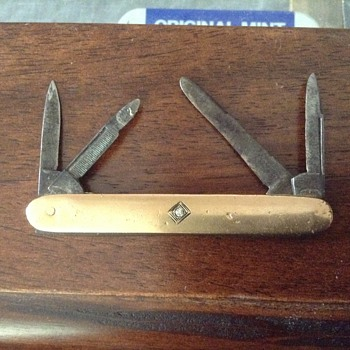 Early 1900 pocket knife