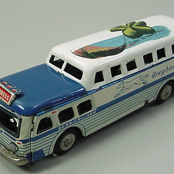 Greyhound Bus - Model Cars
