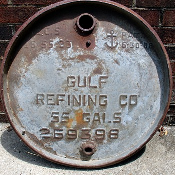 Vintage Gulf Oil Refining 55 Gallon Lid - Petroliana