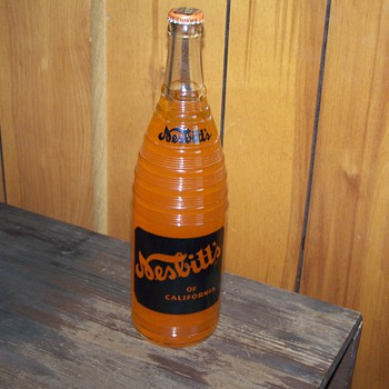 1953 Nesbitts Orange Soda, 10 oz. bottle, still full! - Bottles