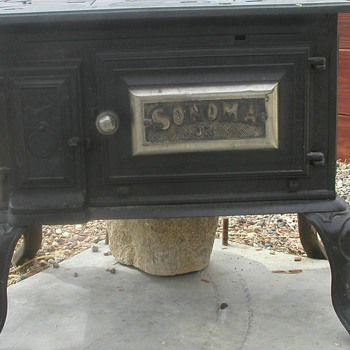 1890 Pre-Wedgewood Cook Stove, JAS MFCCO Newark California - Kitchen