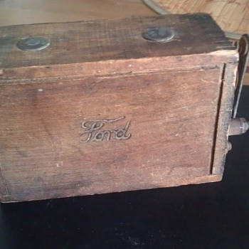 Ford Model T Wooden Battery ???
