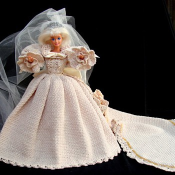 Hand, thread-crocheted, Princess Diana Wedding Gown Replica. - Dolls