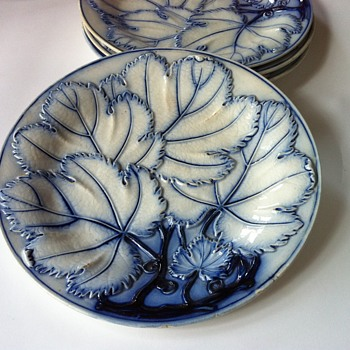 Majolica indigo blue grape leaf pattern - Art Pottery