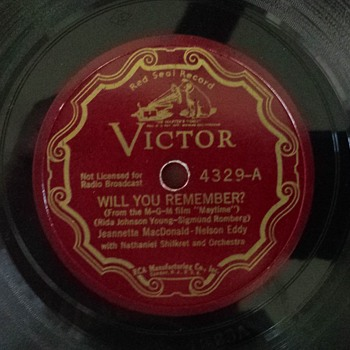 rca Victor red seal  scroll label #4329 Jeanette  MacDonlld - Nel;son Eddy
