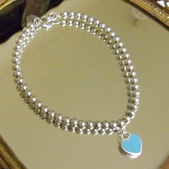A little Tiffany Heart and Bead Bracelet - Fine Jewelry