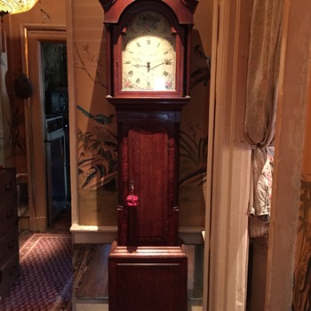 Antique tall case/grandfather clock 1800's one weight time only ? - Clocks