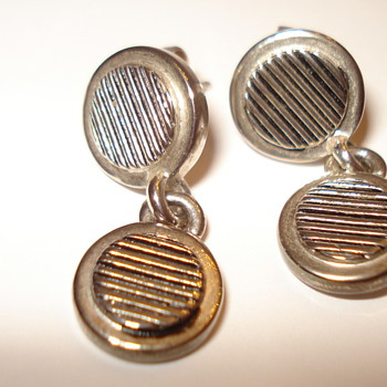 RAUPH LAUREN EARRINGS 3.99 (THANK YOU, BELLIN68)!!!! - Fine Jewelry