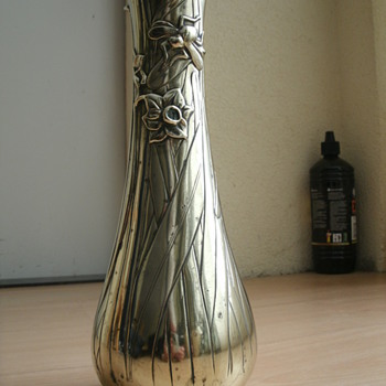 art  nouveau vase - Art Nouveau