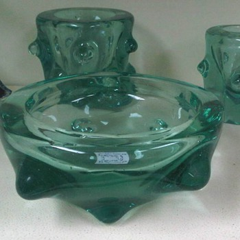 Tris in light green glass Barovier ? Tuscania ?