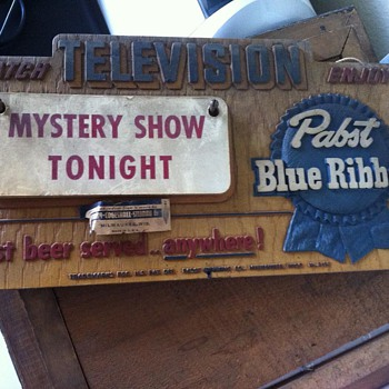 PBR What&#039;s on Television Sign - Breweriana