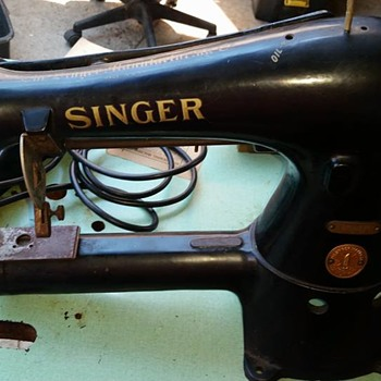 1950 Singer 17-30 Cylinder Bed Industrial Machine - Sewing