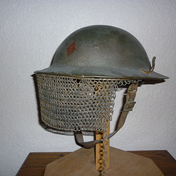 Scarce American WWI AEF steel helmet with visor - Military and Wartime