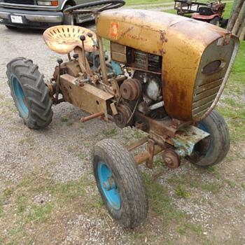 1959 Sears David Bradley 4 Wheel Lawn & Garden Suburban Tractor  - Tractors