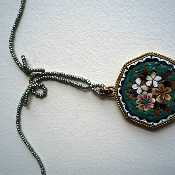 "Mosaic pendant with metallic bead ""chain"" and pin and barrel clasp - Fine Jewelry"