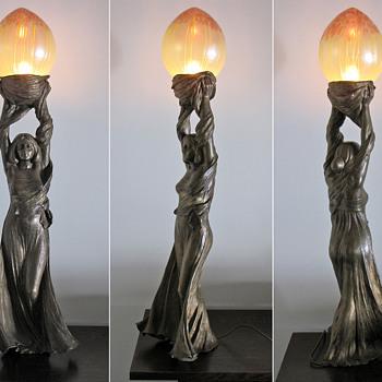 1901 Gustav Gurschner Bronze Maiden Lamp w/ Pallme König Shade - Art Nouveau