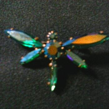 """Peacock Aurora Borealis"" (Swarovski ?) Dragonfly Brooch / Signed ""Austria""/Circa 1950's - Costume Jewelry"