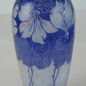 Czechoslovakia enamels: #9 Cameo - Art Glass