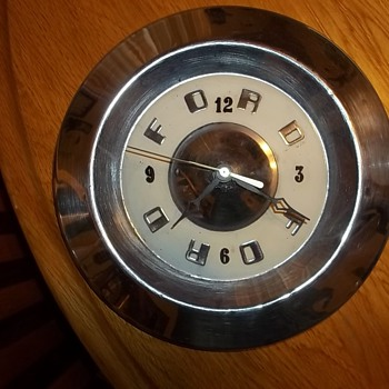 50'S FORD HUBCAP CLOCK
