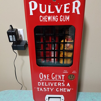 Pulver Short Case Red Machine 1930's - Coin Operated