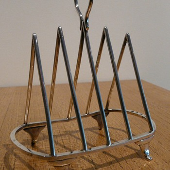 Two Triangular Toast Racks