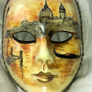 Beautiful hand painted face mask - Art Pottery