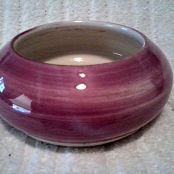 Nice Magenta  Shallow Bowl / Marked / Unknown Age - Art Pottery