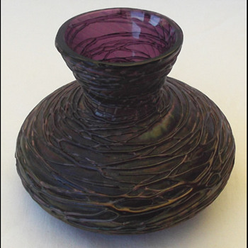 Kralik Purple threaded vase - Art Glass