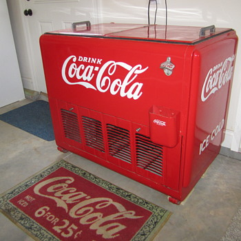 Westinghouse 42 inch with motor and water - Coca-Cola