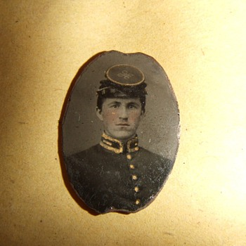 Civil War Confederate 2nd LT tintype - Military and Wartime