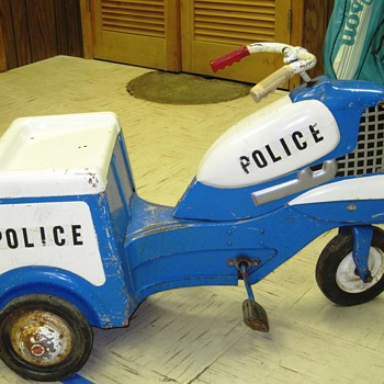 Chicago Police pedal motorcycle - Model Cars