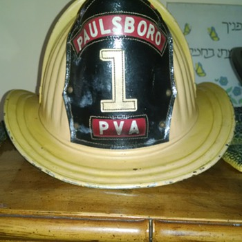 1950-60's cairns &,brothers yellow fire helmet  - Firefighting