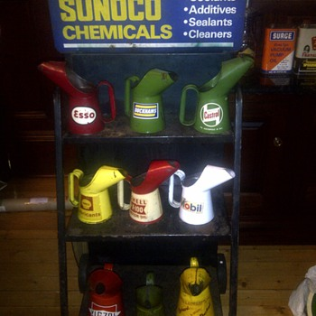 Sunoco Display with British Oil Pourers - Petroliana