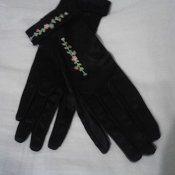 my great  grandmothers silk gloves