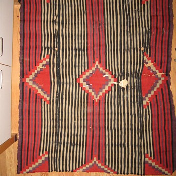 very old blanket? navaho or ?