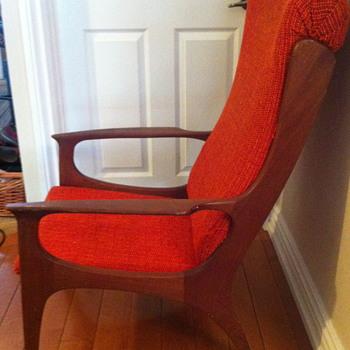 Mid century modern chair. - Mid-Century Modern