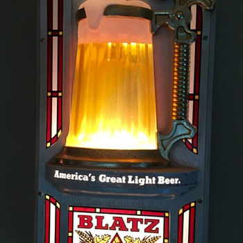 Blatz Beer Bubbling Beer Sign