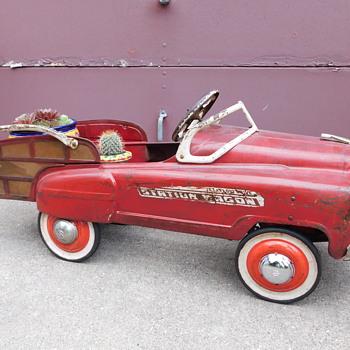 Vintage 1950s Murray Jet Flow Drive Pedal Car - Toys