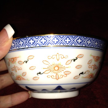 Chinese porcelain rice bowl