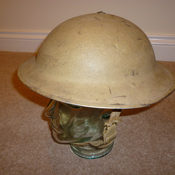 WW11 North African desert warfare helmet 8th Army - Military and Wartime