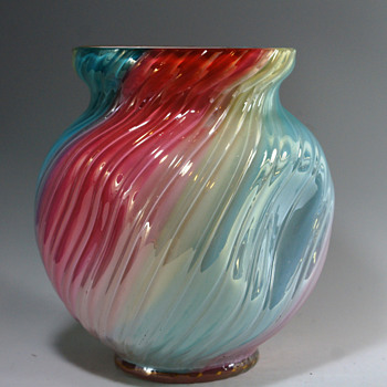 Loetz Rainbow Vase c.1890. - Art Glass