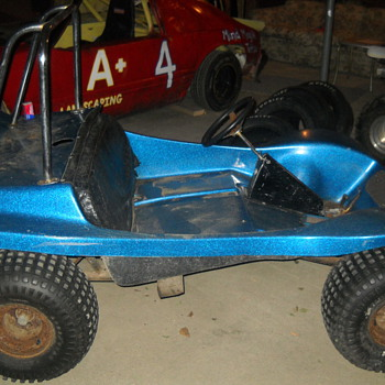 Spoiler Buggy by Speedway - Sporting Goods