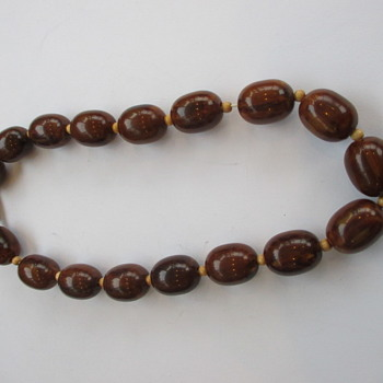 Brown bakelite necklace - Costume Jewelry