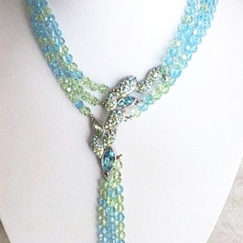 Beautiful Blue Crystal Swarovski Unique Necklace - Costume Jewelry