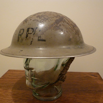 British WWII Repair Party steel helmet - Military and Wartime