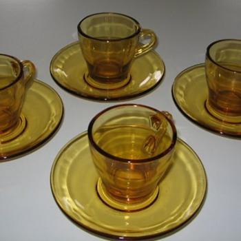 1960s Vitrosax Expresso cups & saucers - Glassware