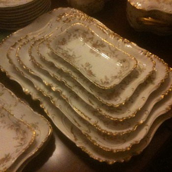 Haviland Limoge China Set - China and Dinnerware