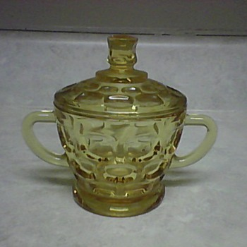 GOLD THUMB PRINT SUGAR BOWL - Glassware