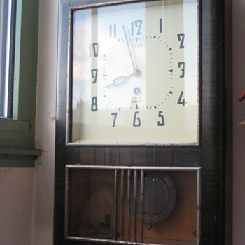 Antique 1930's Wiltic wall clock.