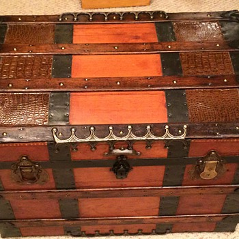 Re-finished 1880s trunk - Furniture